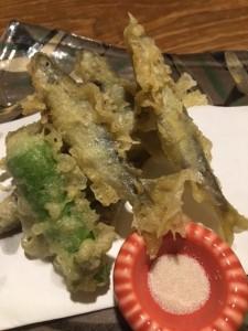 新宿個室居酒屋で稚鮎(稚あゆ)の天ぷらで春を楽しむ