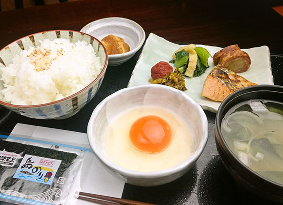 "Our healthy breakfast including the must-have ""egg sauce over rice"" and 6 other items."